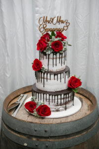 Red rose cake flowers